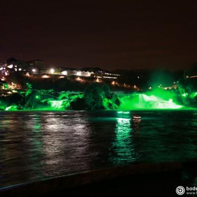 Rheinfall -  St. Patrick's Day in grün - Kitesurfen © reinhold@wentsch.com | bodensee.photography