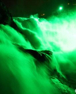 Rheinfall – Der Rheinfall erstrahlt in Grün – St. Patrick's Day